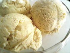 Recipe Vanilla Bean Ice Cream - variant on EDC ice cream by NooNooNoo, learn to make this recipe easily in your kitchen machine and discover other Thermomix recipes in Desserts & sweets. Low Carb Ice Cream, Vanilla Bean Ice Cream, Make Ice Cream, Ice Cream Flavors, Chocolate Ice Cream, Homemade Ice Cream, Ice Cream Recipes, Low Carb Sweets, Low Carb Desserts