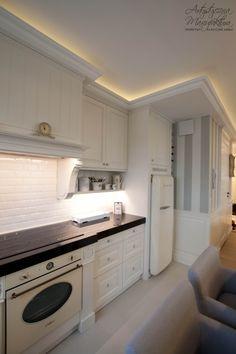 kuchnia styl prowansalski, kuchnie zabudowy stylowe, angielskie, classic style kitchen, black countertop, custom kitchen cabinets by Artystyczna Manufaktura
