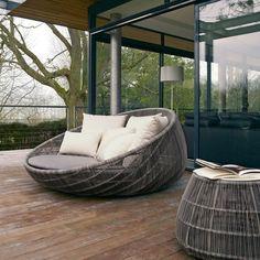 Canasta 13 Lounge Armchair