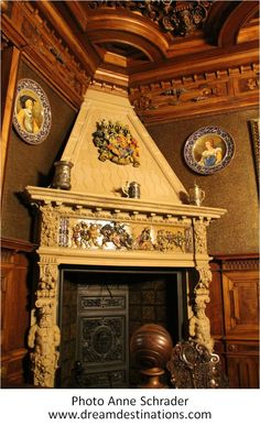 Fireplace in the King's Study Peles Castle Romania – architecture Architecture Old, Classical Architecture, Beautiful Architecture, Modern Entertainment Center, Peles Castle, Classic Fireplace, Palace Interior, Castle House, Beautiful Castles