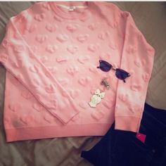 ❄️SALEpink  sweater Pinkish with heart shape / oversized look / tag says L but it fits like M/ just worn once for few hours like new  ( no trade ) price firm Xhilaration Sweaters Crew & Scoop Necks