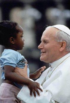 ¡Gracias por tu mirada… a cada uno, nos dejaste un hermoso rostro del sacerdocio!