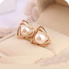 Double Layer Triangle Pearl Earrings