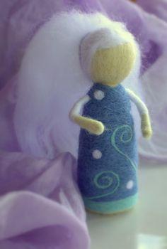 Waldorf felted doll, Winter Goddess, 10 cm high.    http://www.fler.cz/zbozi/pani-zima-4406290
