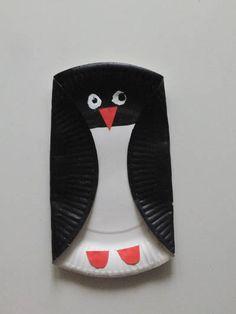 Pinguin basteln mit einem Pappteller ## Tiere basteln