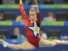 37 Hottest Alicia Sacramone Pictures That Are Heaven On Earth Gymnastics Team, Gymnastics Pictures, Artistic Gymnastics, Olympic Gymnastics, Gymnastics Leotards, Olympic Games, Cheerleading, Alicia Sacramone, Swimsuit Heaven