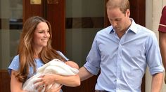 First picture of royal baby - ITV News