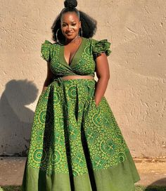 The best thing about Africa styles is that they are available for ladies of all ages. LATEST SESHOESHOE DRESSES to make you look elegant. African Fashion Ankara, Latest African Fashion Dresses, African Inspired Fashion, African Dresses For Women, African Print Dresses, African Print Fashion, African Attire, African Hair, African Prints
