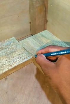 Woodworking Joints, Woodworking Techniques, Woodworking Videos, Woodworking Plans, Woodworking Projects, Outdoor Fireplace Designs, Wood Joinery, Diy Home Repair, Wood Working For Beginners