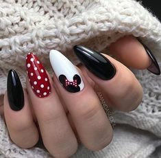 disney nail designs Discovered by ANONIMA. Find images and videos about style, girls and nails on We Heart It - the app to get lost in what you love. Disney Acrylic Nails, Best Acrylic Nails, Acrylic Nail Designs, Fall Nail Art Designs, Nails For Disney, Nails Design Autumn, Simple Disney Nails, Acrylic Nails Almond Short, Disney Inspired Nails