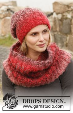 "Free pattern now online! Hat and neck warmer with English rib with 2 strands in ""Verdi"""