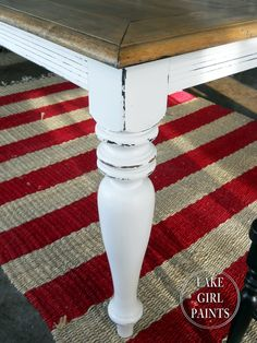 Lake Girl Paints: Dining Table -Black to Farmhouse Natural & White. I dying to paint my coffee table and end tables like this. The green is driving me batty...