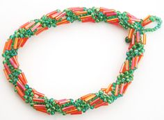 Bugle-Seed Bead spiral rope. what is different here is the pattern with the Bugle's. #seed #bead #tutorial