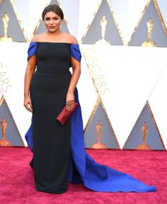 Pin for Later: Mindy Kaling Feels Like She's Living a Dream When She's Wearing This 1 Designer Mindy Wearing Elizabeth Kennedy at the Oscars in 2016