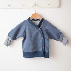 Petit cochon - Kinderkleidung, die mitwächst. Handarbeit aus Berlin! - Schlüttli jeansblau