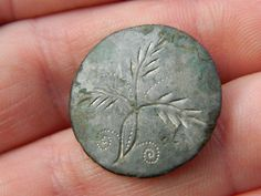 Post Medieval Pewter hand etched  button flowers ? Metal detecting detector £14