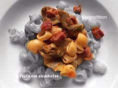 Pasta con alcachofas y jamón
