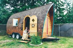 The Fortune Cookie tiny house. This has to be one of my favourite tiny houses ever, it is a work of art! I encourage you to check out Kera's website and see more pics....amazing.