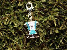 Blau Dirndl  Charms aus unserer umfangreichen Trachtenkollektion farblich abgestimmt zum Dirndl.  Kombinierbar an Halsketten, Bettel-Armbandl € 4,90