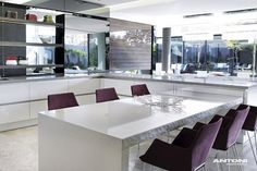 perferct open plan, white walls generating more relaxed spacy atmosphere - 6th 1448 Houghton ZM by SAOTA