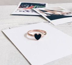 Black Heart Ring | Rose Gold Ring Minimalist Jewellery Stainless Steel | @giftryapp
