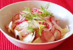 Édeskömény-retek saláta Jamie Oliver szerint