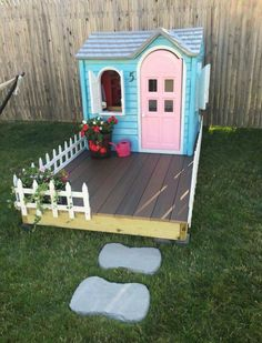 Little tikes playhouse makeover! All you need is a few cans of spray paint and a lot of patience. Did this fun project over a weekend, well worth it! Could be a cute duck pen with predator proofing Little Tikes Playhouse, Backyard Playhouse, Build A Playhouse, Backyard Playground, Playhouse Ideas, Painted Playhouse, Backyard Toys, Toddler Outdoor Playhouse, Kids Plastic Playhouse