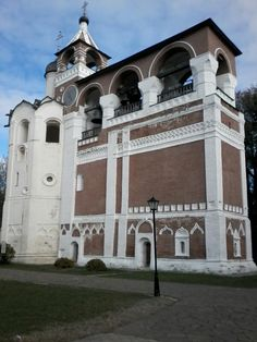 Mosteiro de São Eugênio, onde é possível escutar um concerto de sinos em Suzdal ( Rússia )