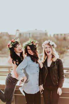 Crown Yourself Nashville Workshop // Shot by Through Victoria's Lens // Event Planing Events By Goldmen // Published on Botanik Bride // #botaniktribe #crownyourselfnash