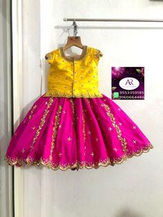 Baby Birthday Dress, Baby Girl Party Dresses, Dresses Kids Girl, Baby Frocks Designs, Kids Frocks Design, Baby Indian Costume, Kids Lehenga, Baby Lehenga, Traditional Dresses For Kids
