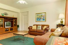 4 Bedrooms, 2 bathrooms at £778 per week, holiday rental in Kissimmee with 2 reviews on TripAdvisor