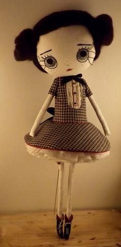 by violettesmecaniques on Etsy Handmade Baby Gifts, Handmade Toys, Sewing Dolls, Toy Craft, Waldorf Dolls, Diy Doll, Fabric Dolls, Beautiful Dolls, Doll Toys