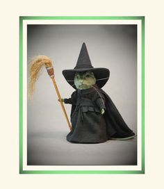 R John Wright Collectible Dolls Wizard of oz Wicked Witch of The West Mouse Stuart Little, Needle Felted Animals, Felt Animals, Plush Animals, Wet Felting, Needle Felting, John Wright, Annette Himstedt, Felt Mouse