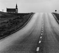 luzfosca: David Plowden Approaching the Meridian, North Dakota, 1968 From Beinecke Rare Book and Manuscript Library Color Photography, Street Photography, Travel Photography, White Photography, Silhouette Photography, Vintage Photography, Black White Photos, Black And White, Night Pictures