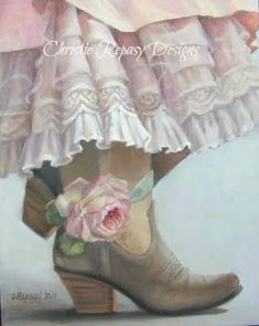 Texas Style - Cowgirl boots, flowers, and lace - not practical for the farm, but pretty! #Texas #Cowgirl #Style ≈√