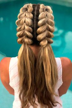 30 Cute Hairstyles For A First Date : Cute Two Ponytails ? Are you looking for cute hairstyles that are trendy, as well? We have gathered the loveliest hairstyles that are ideal to wear on a first date. Box Braids Hairstyles, Sleek Hairstyles, Trending Hairstyles, Pretty Hairstyles, Girl Hairstyles, Fantasy Hairstyles, Layered Hairstyles, Celebrity Hairstyles, Double Ponytail