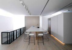 Une cuisine ouverte qui permet de cacher l'électroménager