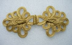 MR95-4 Chinese Pipa Loops Macrame Closures Knots Gold 8.5*4=34$