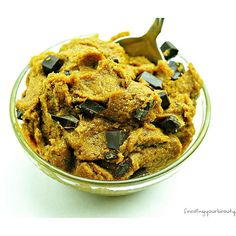 Pumpkin Chocolate Chunk Cookie Dough! Enjoy it by the spoon, rolled into bites, or baked! 1 bowl, 1 flour, no oil, vegan, and gluten free. New recipe is on the blog now  link in bio  #pumpkin #chocolate #vegan #cookiedough #veganfoodshare