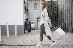 We teamed up with Swedish blogger Ebba Zingmark to show us how she wears sporty tailoring, three ways. First up, Ebba plays on proportion and earthy tones. We're calling this Uniform Dressing.