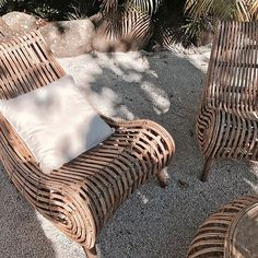 enue on point. Cool Furniture, Furniture Design, Gypsy Home, Apartment Goals, Outdoor Spaces, Outdoor Decor, Italian Style, Sun Lounger, Wicker