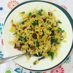 Fusilli pasta w/ artichoke hearts sun dried tomatoes shallots olive oil. Garnished w/ parsley and Parmesan cheese.  #homemade #glutenfree #organic #pasta #homecooking #cheflife #chefsofinstagram #italian #food #foodie #foodgasm #foodporn #foodstagram #foodphotography #foodblogger #foodblog #foodgram #foodshare #foodpics #fooddiary #theartofplating #instagood #instafood by yummyglobaleats