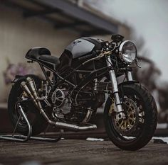 """2,378 Likes, 3 Comments - The Caferacer World (@caferacer_world) on Instagram: """"Check out ❗@bikersequipment ❗ Taken from: @pege78 Tag our page #caferacer_world …"""""""