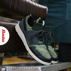 Your sneaker game reflects your sense of style… so rock it with some green suede and black leather! Bata Shoes, Men's Shoes, Sneaker Games, Black Leather Sneakers, Green Suede, Shoe Collection, Moccasins, Balenciaga, Oxford