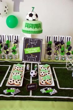 Soccer Themed Birthday Celebration - Birthday Party Ideas for Kids and Adults Soccer Birthday Parties, Sports Theme Birthday, Football Birthday, Soccer Party, Boy First Birthday, Birthday Fun, Birthday Party Decorations, Birthday Celebration, Soccer Theme