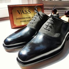 Another angle of the Vass U last.  A special MTO order for a client I Ascot Shoes is a British based shop specialising in hand made Vass Shoes.  Email Sammy for advice on Sizing, Fitting & Made To Order Prices.    Ascotshoes@