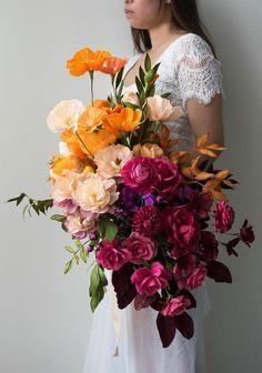 3 Terrific Tips AND Tricks: Wedding Flowers Mauve Rose Bouquet wedding flowers crown ribbons. Romantic Wedding Flowers, Cheap Wedding Flowers, Wedding Flower Arrangements, Flower Centerpieces, Flower Bouquet Wedding, Floral Arrangements, Flowers Decoration, Boho Wedding, Floral Decorations