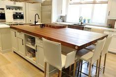 kitchen island with seating - Bing images Island Table, Kitchen Island With Seating, Kitchen Islands, Wood Countertops, High Quality Images, Kitchen Remodel, Solid Wood, Dining, Interior Design