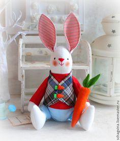 Купить Заяц Гаврюша с Морковью - зайка, зайчик, заяц тильда, заяц, кролик, кукла Тильда