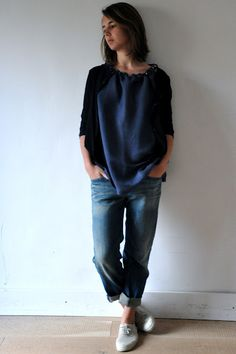 This look would be perfect if jeans were more tapered